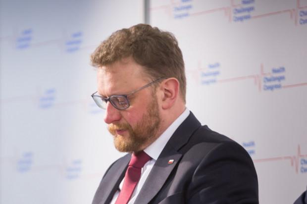 Szumowski: dla pracowników ochrony zdrowia test na Covid-19 na żądanie