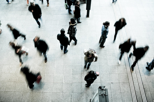 Kto może być skierowany do o pracy przy zwalczaniu epidemii? Są wytyczne resortu