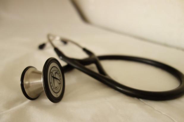 OZZL: Jeden lekarz - jeden etat nie tylko w czasie epidemii