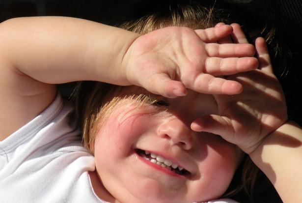Ryzyko ciężkiego przebiegu COVID-19 u dzieci niższe niż z powodu grypy sezonowej