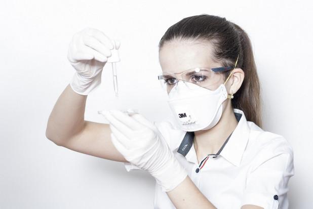 Koronawirus: 12 mln zł na badania