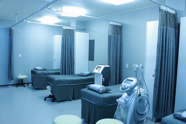 Koronawirus obnażył słabości opieki zdrowotnej