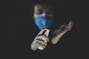 Koronawirus: maseczki efektywnie chronią przed zakażeniem