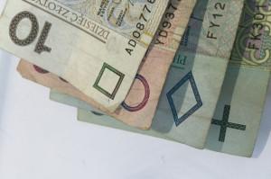 Pieniądze dla lekarza i lekarza dentysty na stażu wciąż za małe
