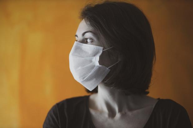 Bez maseczek nie powstrzymamy epidemii COVID-19