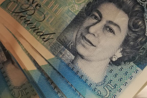 Dentyści brytyjscy dostają podwyżkę płacy