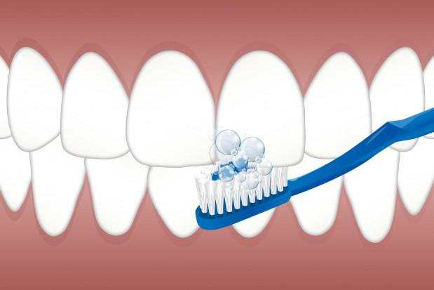 Zły stan zdrowia jamy ustnej zaburza wyniki testu na koronawirusa