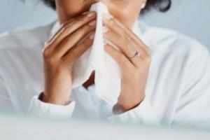 Zwykłe przeziębienie zwiększa odporność na SARS-CoV-2?