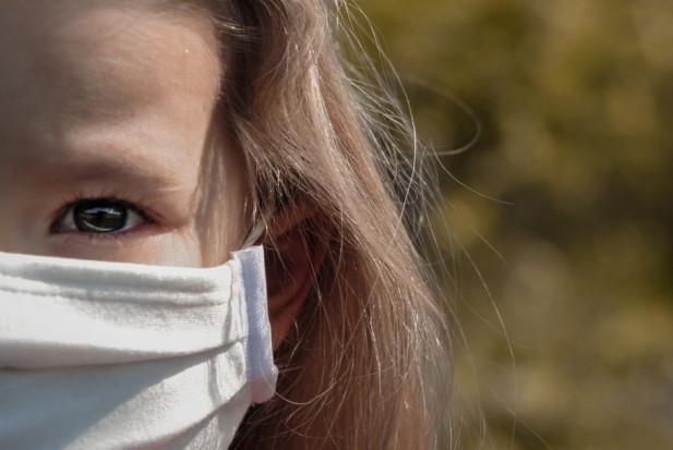 Dzieci mogą zakażać nawet  trzy tygodnie po zakażeniu SARS-CoV-2