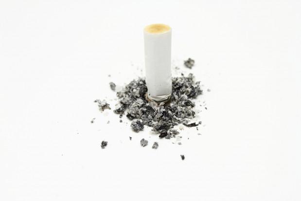 Jak dentysta i koronawirus pomagają rzucić palenie
