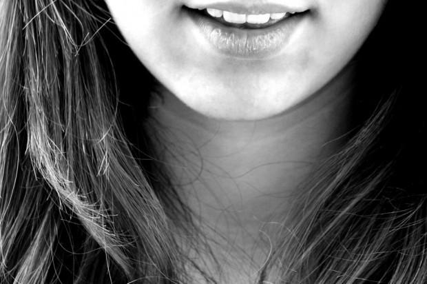 Polacy się uśmiechają, ale nie tak jakby chcieli