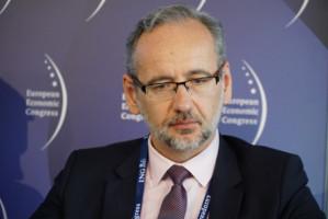 Niedzielski: nowy standard opieki nad pacjentem zakażonym SARS-CoV-2