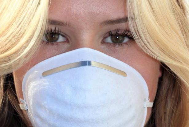 Koronawirus: granica 10 tys. przypadków blisko