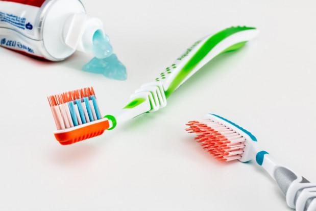 COVID-19: higiena jamy ustnej, a ogólny stan zdrowia