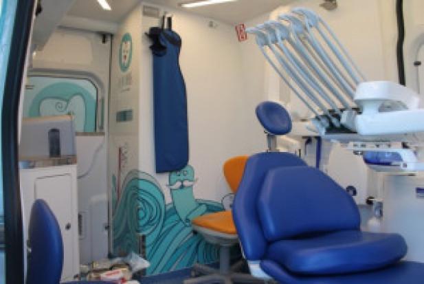 W woj. kujawsko - pomorskim dentobus przyjmuje pacjentów zakażonych koronawirusem
