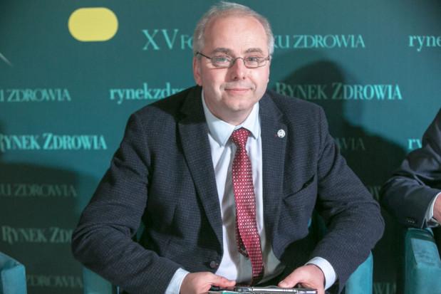 Andrzej Cisło tłumaczy ilu faktycznie jest w Polsce czynnych zawodowo lekarzy dentystów