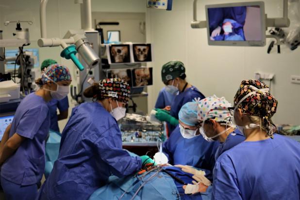 Wrocław: chirurgia rekonstrukcyjna głowy i twarzy na światowym poziomie