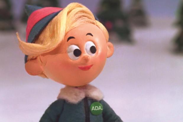 Elf Hermey z odznaką ADA