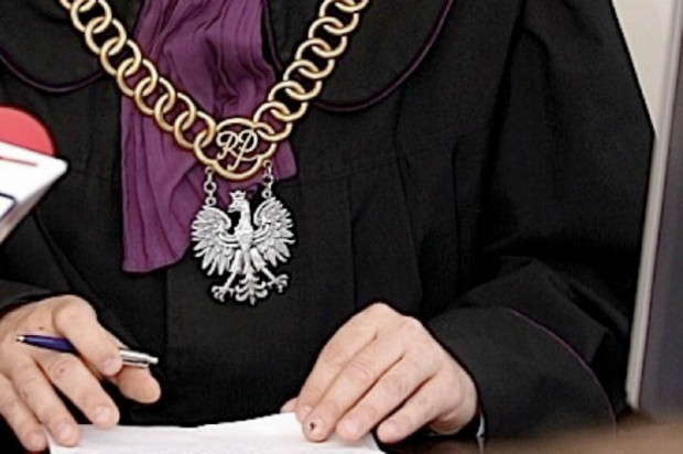 Dentyści wyłudzili pieniądze z Opolskiego OW NFZ