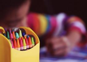Pakiet edukacyjny FDI wspiera program nauczania dzieci na temat zdrowia jamy ustnej