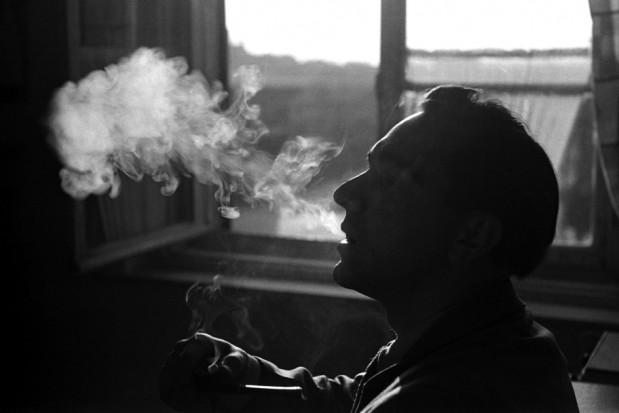 COVID-19: byli palacze także bardziej narażeni
