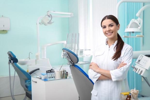 5 marca Dzień Dentysty: kim jest polski stomatolog