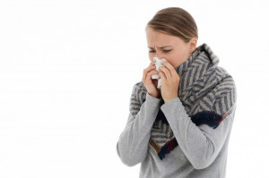 Wirusy przeziębienia konkurują z SARS-CoV-2