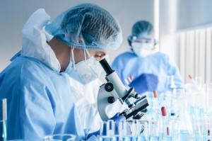 Jak rozwija się COVID-19 - nieoczkiwane ustalenia naukowców