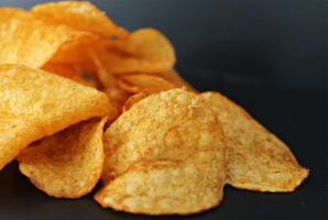 Dlaczego chipsy są wrogiem zębów