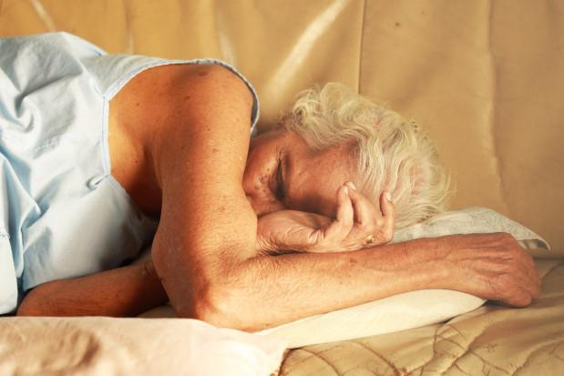 Dlaczego bezdech senny sprzyja COVID-19