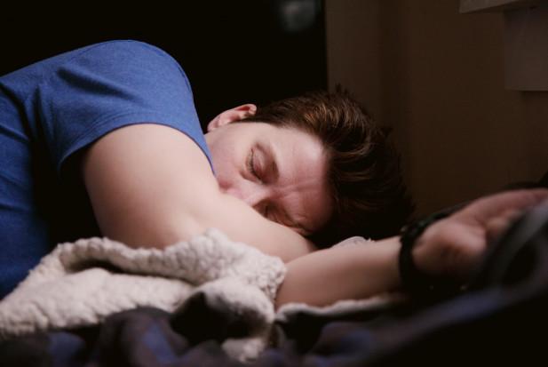 Gdy sen nie sprzyja zdrowiu jamy ustnej