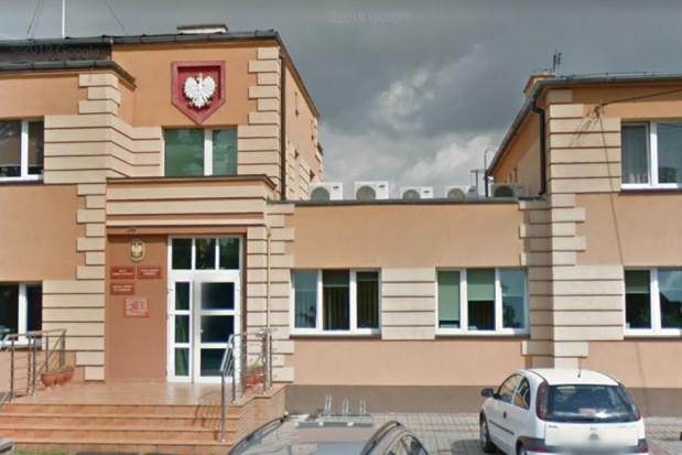 Gmina Dobrcz poszukuje dentystów, którzy zajmą się 1315 uczniami