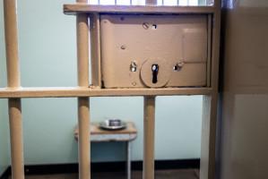Kara więzienia dla dentysty, który leczył bez bez pozwolenia na pracę