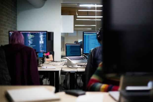 Twórcy oprogramowania: system niegotowy na EDM