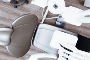 ZK w Krzywańcu szuka dentysty