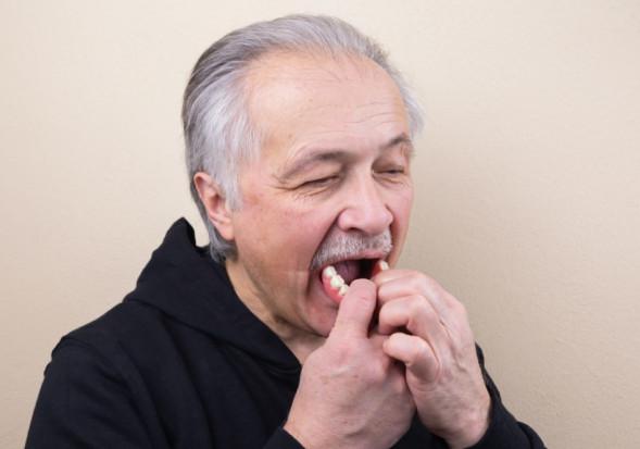 Zadekretowane zdrowe życie, ale bez zdrowej jamy ustnej