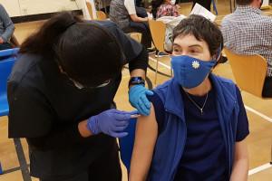 COVID-19: studenci stomatologii mogą kwalifikować do szczepień