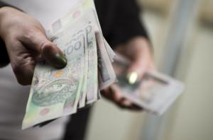 Nieprawidłowości w wynagrodzeniach należy zgłaszać do NFZ
