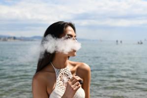 E-papierosy sprzyjają próchnicy zębów