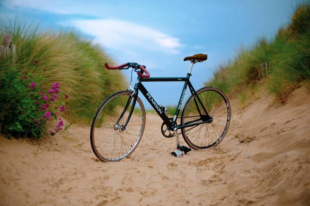 Gabinet stomatologiczny wykręcany na rowerach