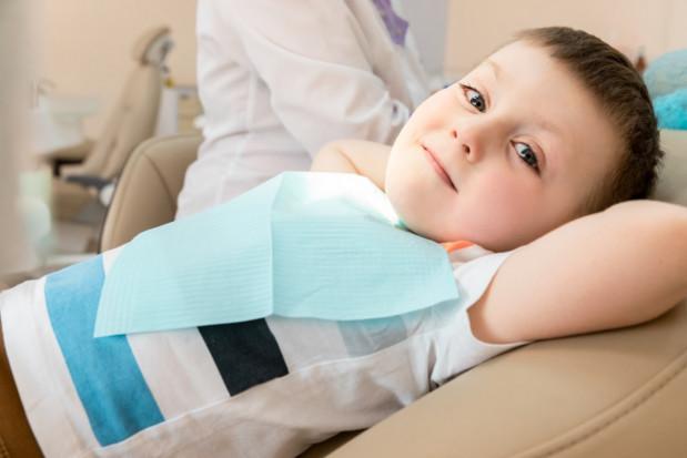 Licytacja sprzętu stomatologicznego na leczenie zębów dzieci