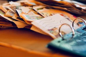 Dentysta filatelista zbiera znaczki poświęcone stomatologii