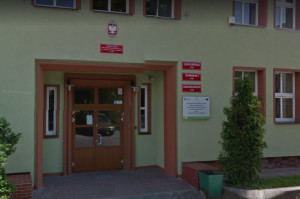 Piła: sztandarowy szkolny gabinet stomatologiczny - działa