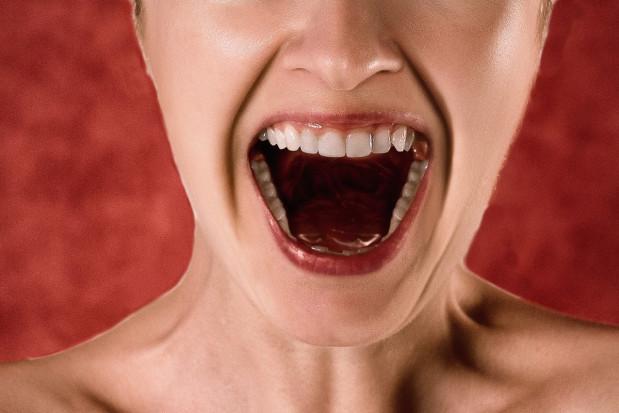 Dietetyczne powody przebarwienia zębów