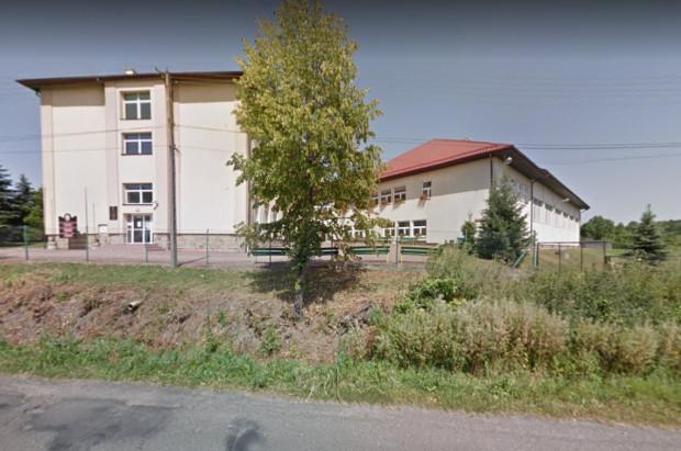 Na dniach przyjmować ma dentysta w szkole w Raciechowicach