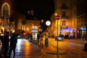 Kraków: w nocy  z bólem zęba pacjent musi jechać do innego powiatu