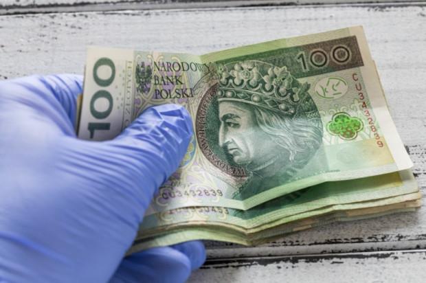 Zaliczki 1/12 dłużej wypłacane i dłużej rozliczane