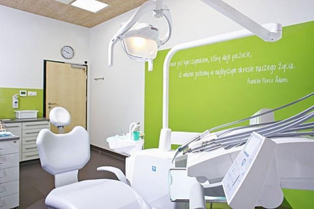 enel-med stawia na stomatologię