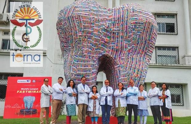 Ząb z 80 tys. szczoteczek do zębów