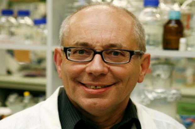 Prof. Jan Potempa uhonorowany za badania chorób przyzębia